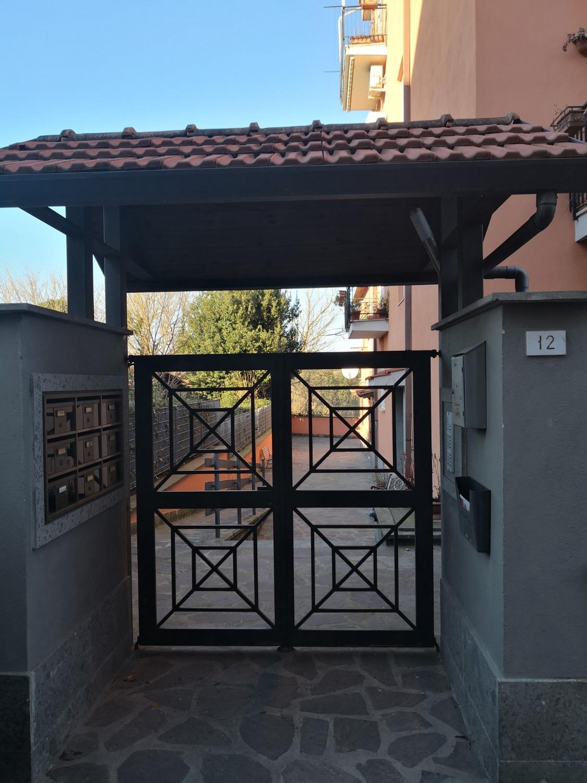Appartamento in vendita a Roma, 3 locali, zona Zona: 42 . Cassia - Olgiata, prezzo € 129.000 | CambioCasa.it