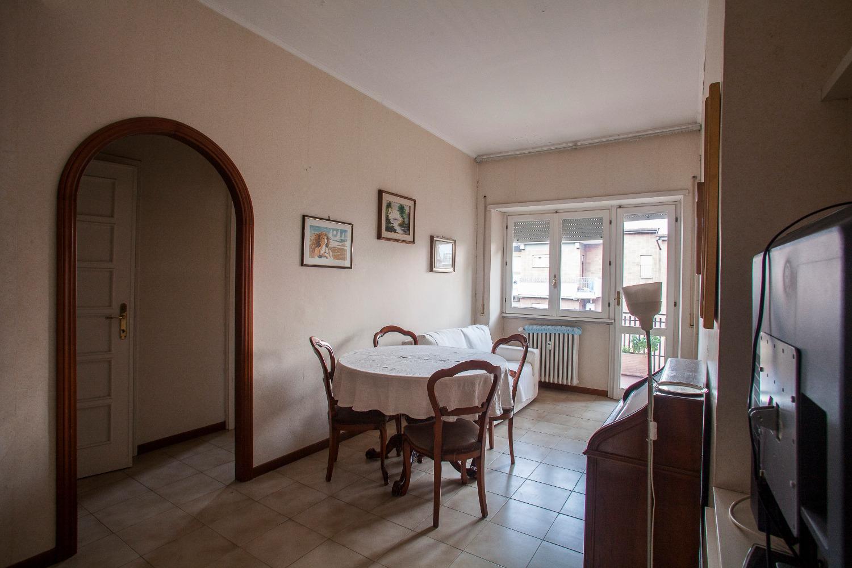 Appartamento in vendita a Roma, 2 locali, zona Zona: 31 . Giustiniana, Tomba di Nerone, Cassia, prezzo € 198.000 | CambioCasa.it