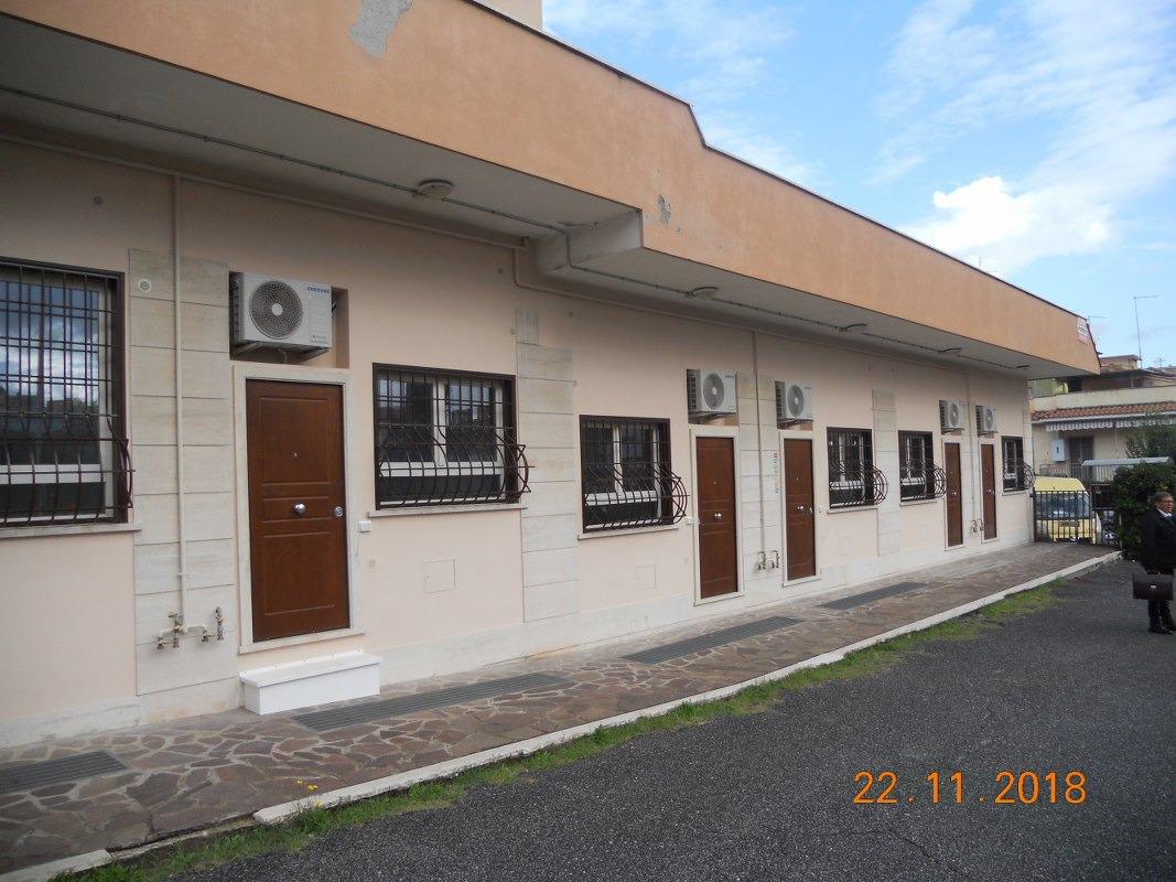 Appartamento in vendita a Roma, 3 locali, zona Zona: 36 . Finocchio, Torre Gaia, Tor Vergata, Borghesiana, prezzo € 165.000 | CambioCasa.it