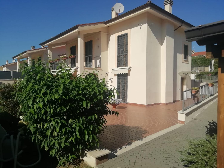 Frascati -  Villa 6 locali € 799.000 T608