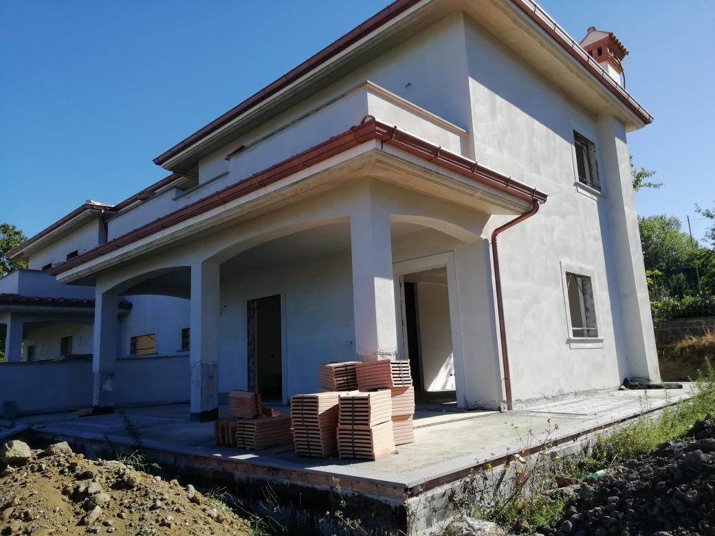 GROTTAFERRATA -  Appartamento 7 locali € 530.000 T712