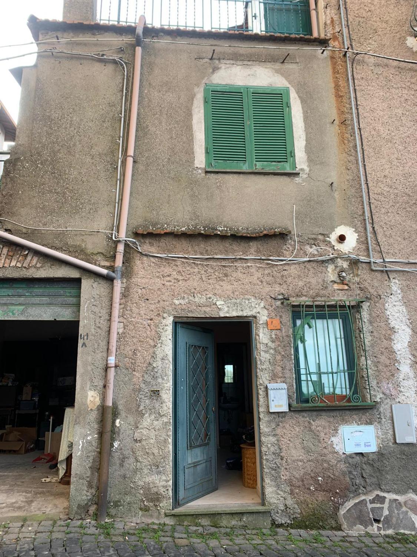 ROCCA DI PAPA -  Appartamento 2 locali € 45.000 T214