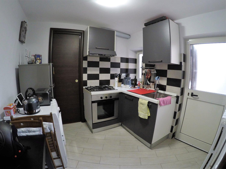 Appartamento in vendita a Roma, 2 locali, zona Zona: 8 . Tiburtina, Colli Aniene, Pietrasanta, San Basilio, prezzo € 99.000 | CambioCasa.it