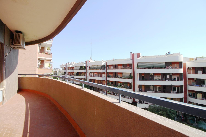 Appartamento in vendita a Roma, 5 locali, zona Zona: 23 . Portuense - Magliana, prezzo € 520.000   CambioCasa.it
