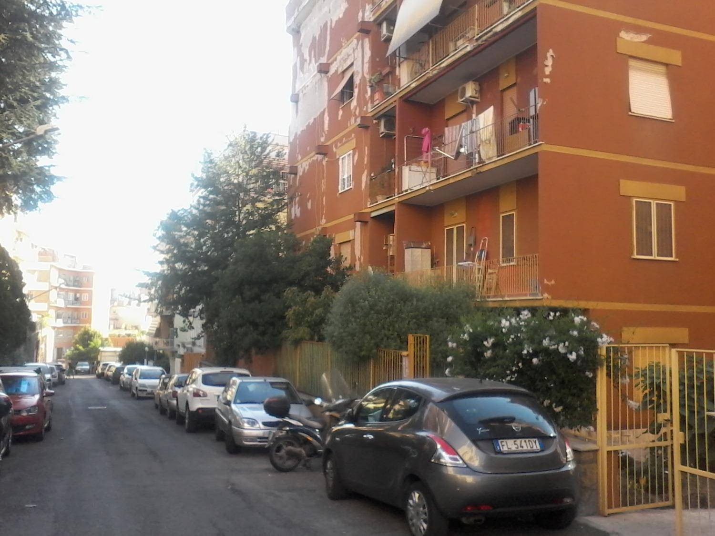 Appartamento in vendita a Roma, 1 locali, zona Zona: 28 . Torrevecchia - Pineta Sacchetti - Ottavia, prezzo € 110.000   CambioCasa.it