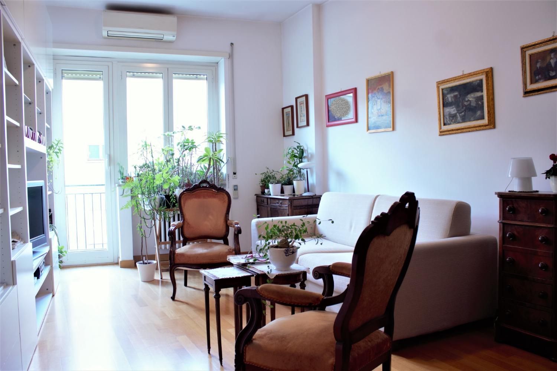 Appartamento in vendita a Roma, 3 locali, zona Zona: 19 . Colombo, Garbatella, Navigatori, Omboni, prezzo € 329.000 | CambioCasa.it