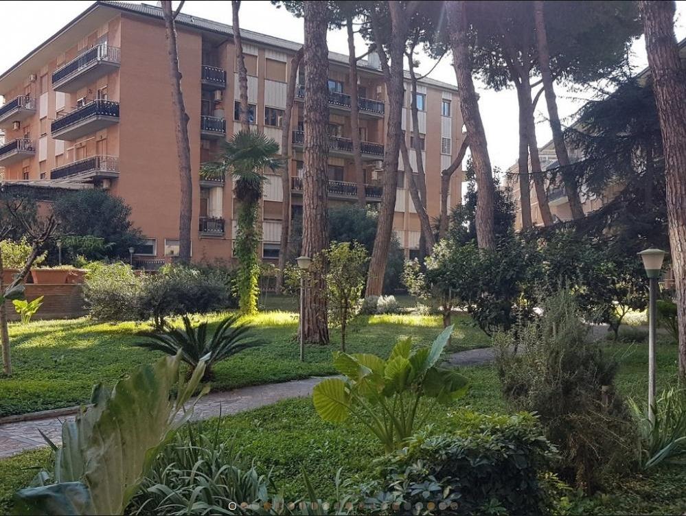 Appartamento in vendita a Roma, 6 locali, zona Zona: 15 . Appio Latino, Appia Antica, Furio Camillo, Alberone, prezzo € 670.000 | CambioCasa.it