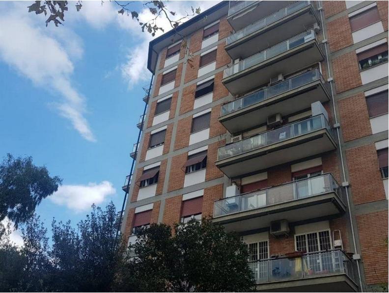 Appartamento in vendita a Roma, 4 locali, zona Zona: 12 . Cinecittà,Don Bosco, Lucrezia Romana, prezzo € 219.000 | CambioCasa.it