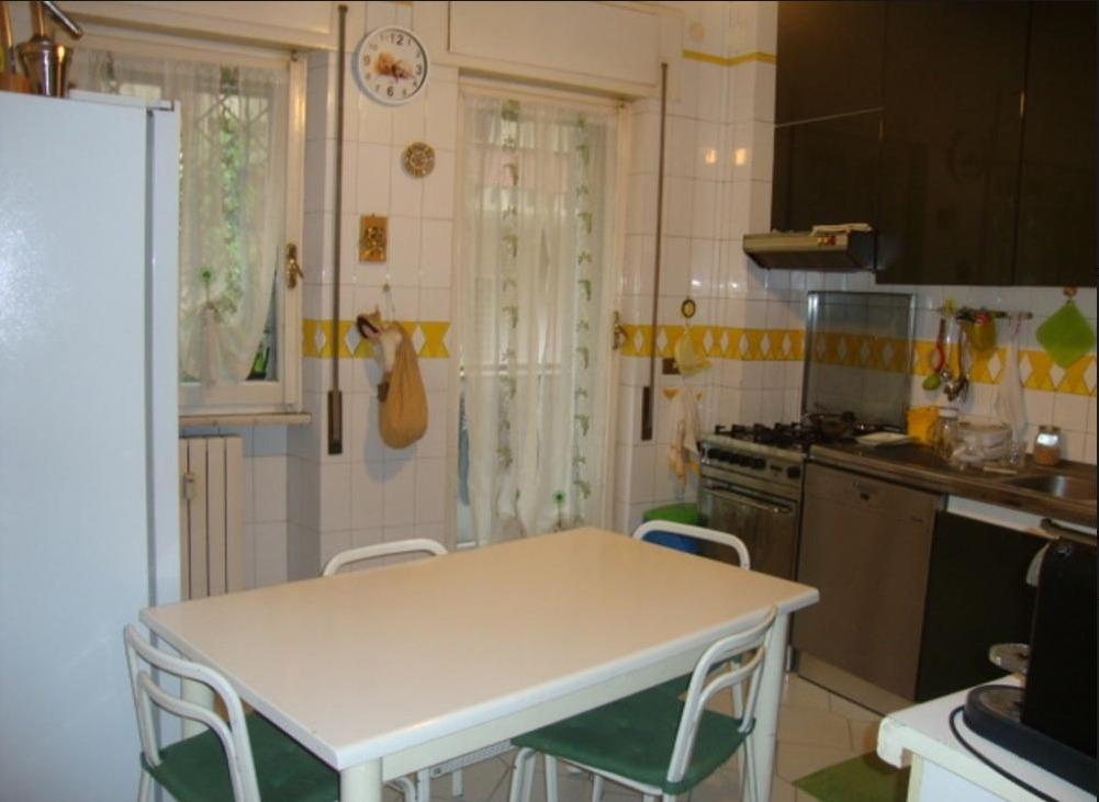 Appartamento in vendita a Roma, 5 locali, zona Zona: 4 . Nomentano, Bologna, Policlinico, prezzo € 585.000 | CambioCasa.it