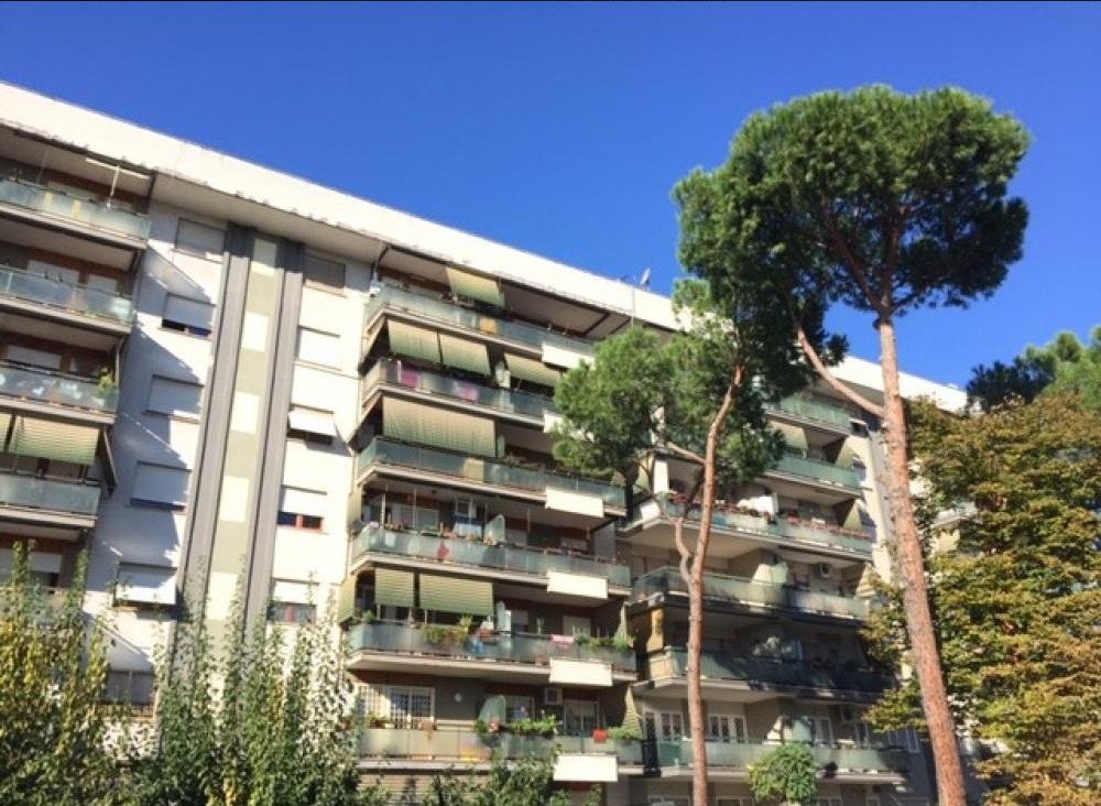 Appartamento in vendita a Roma, 3 locali, zona Zona: 12 . Cinecittà,Don Bosco, Lucrezia Romana, prezzo € 279.000 | CambioCasa.it