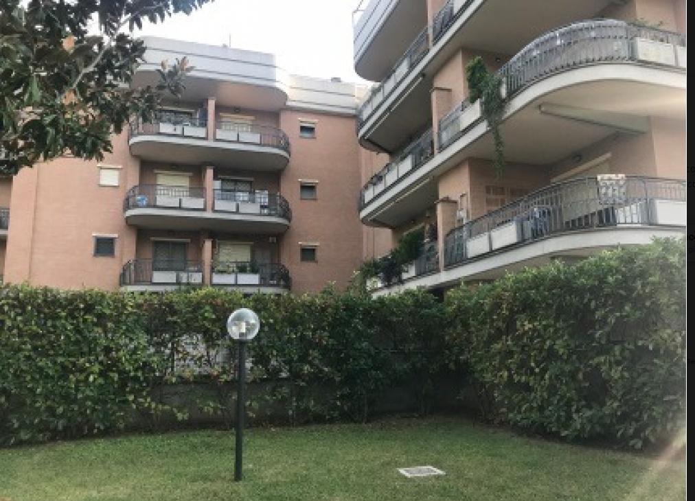 Appartamento in vendita a Roma, 2 locali, zona Zona: 27 . Aurelio - Boccea, prezzo € 199.000 | CambioCasa.it