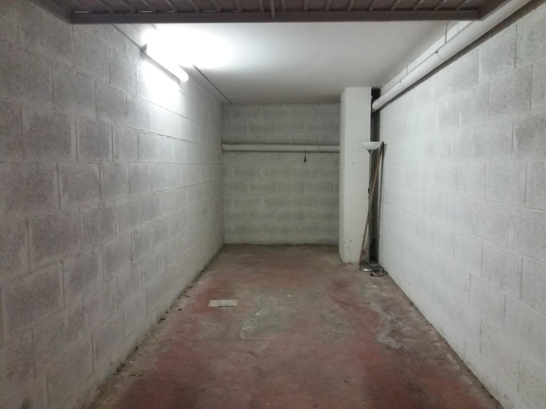 Box / Garage in vendita a Roma, 1 locali, zona Zona: 22 . Eur - Torrino - Spinaceto, prezzo € 33.000 | CambioCasa.it
