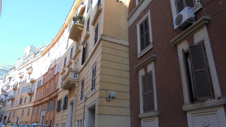 Appartamento in vendita a Roma, 4 locali, zona Zona: 14 . San Giovanni, Re di Roma, P.ta Metronia, prezzo € 320.000   CambioCasa.it